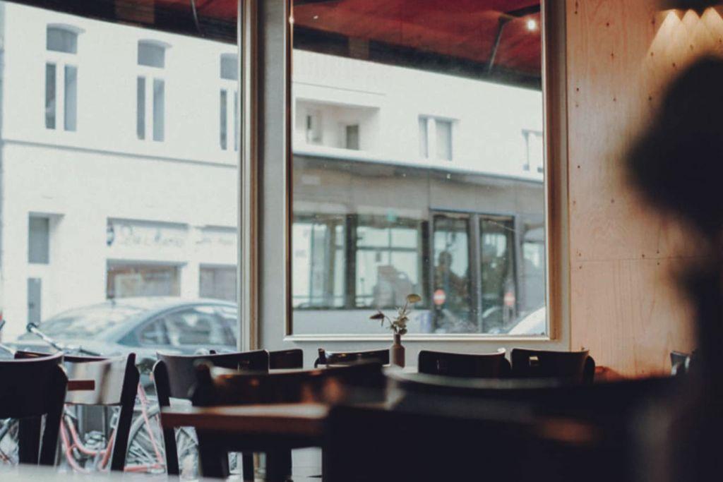 Kleine Oase mitten auf dr Subbelrather Straße in Neuehrenfeld – ©Wallczka
