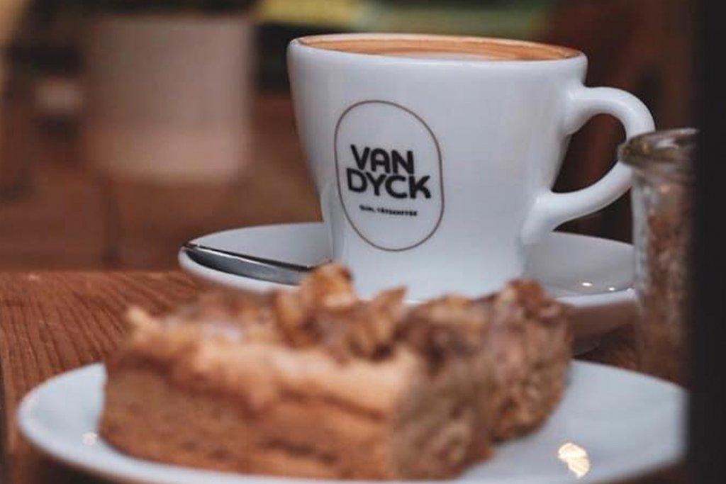 Kaffee, Kuchen – ©Gesund&Süß