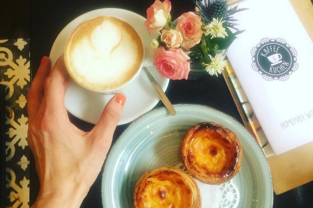 Kaffee, Kuchen – ©Kaffee und Kuchen
