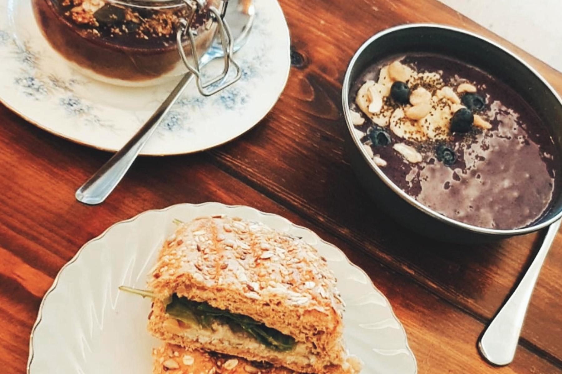Kaffee, Kuchen – ©Café Vevi