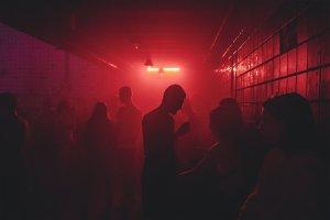 Clubs, Tanzen, Feiern – ©Unsplash