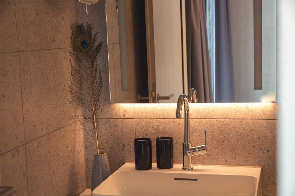 Adina Hotel Koeln 2 Artikel